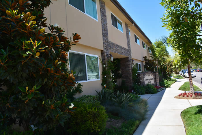 Country Club West Apartments Lakewood